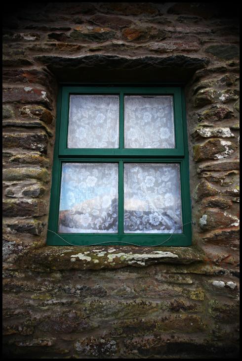 window- small